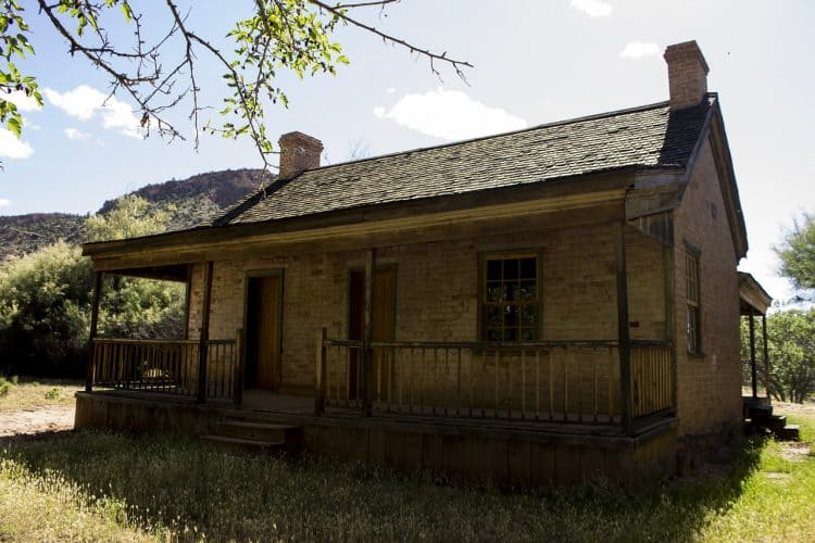 buying a homestead