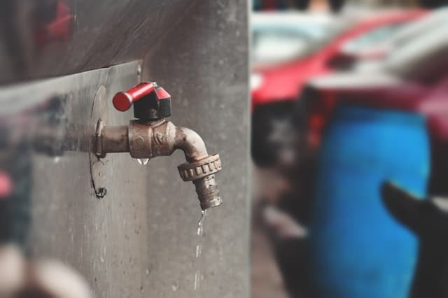 Leaving the faucets drip can prevent home issues of freezing pipes