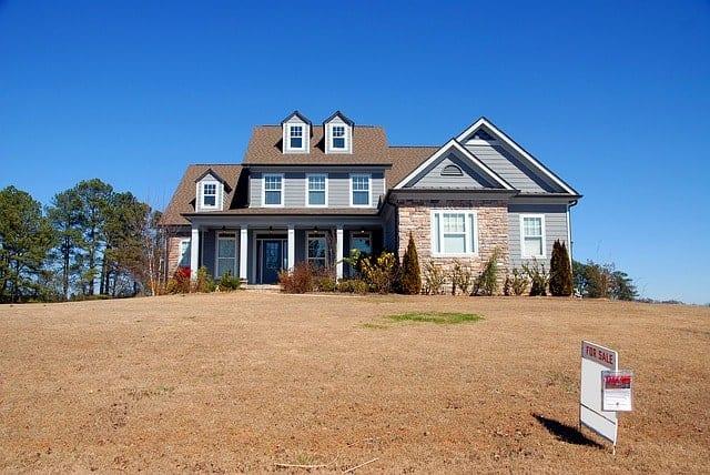 reasons homeowners move-bigger house