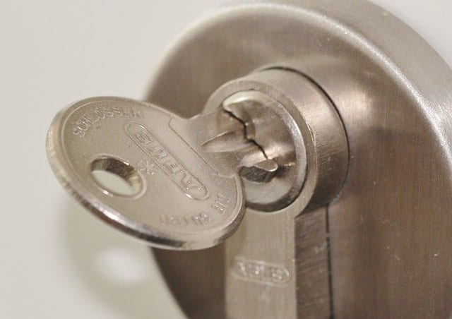 Master key door lock system