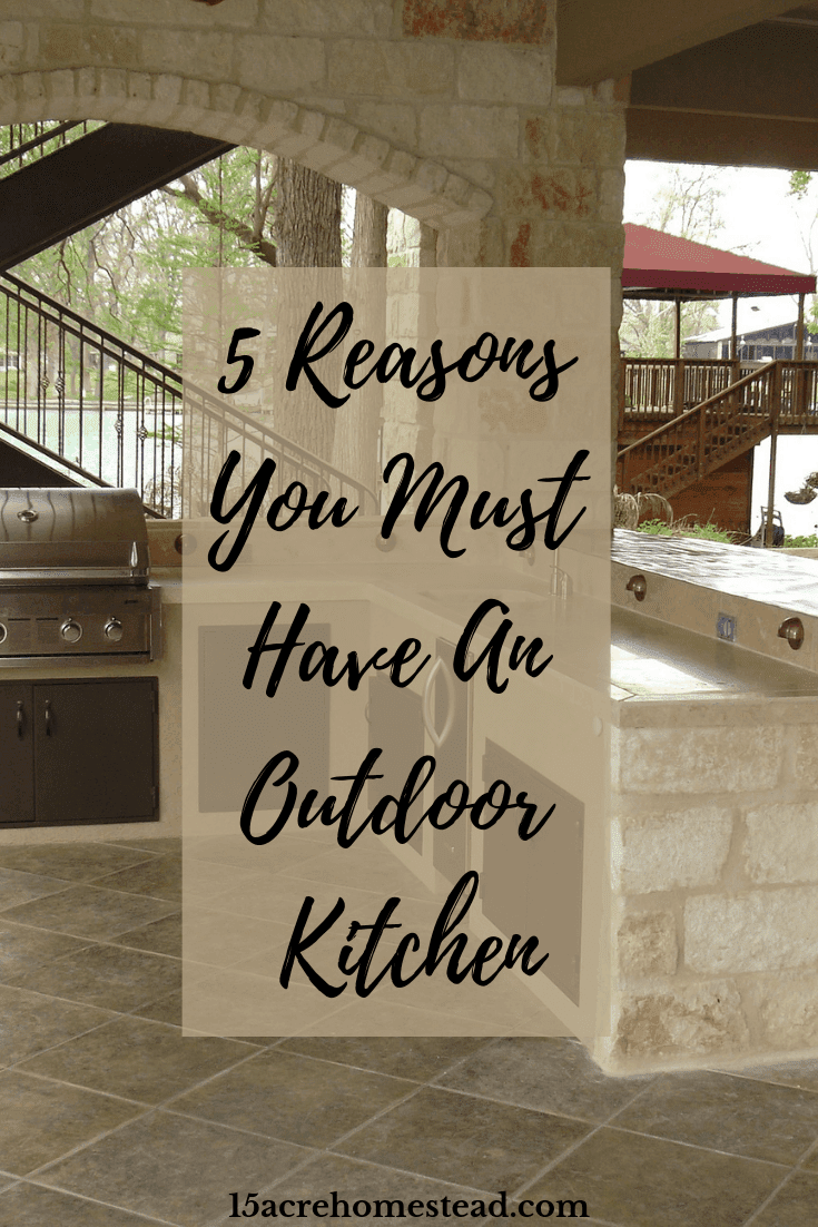 There is something quite relaxing about preparing your food in the comfort of your backyard, surrounded by fresh air and nature, instead of being cooped up behind the indoor stove.