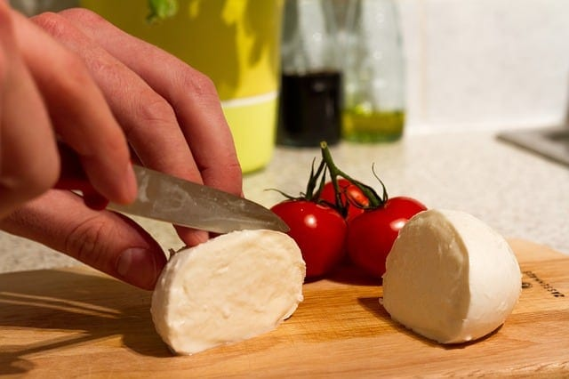 mozzarella cheese and tomatoes