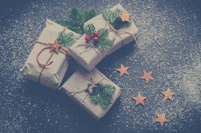 Gifts to reduce waste wrapped in frugal paper