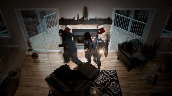 An alarm scaring burglars
