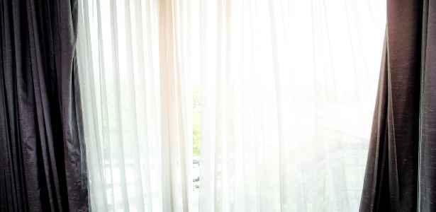 clean curtains