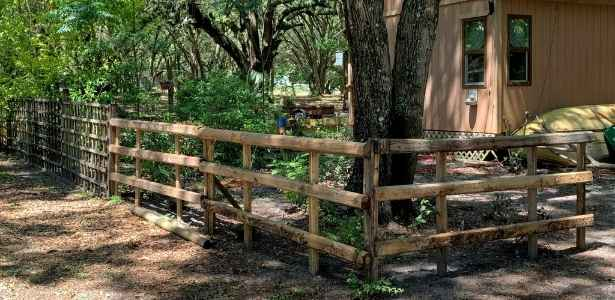 Upcyled pallets made into garden fencing