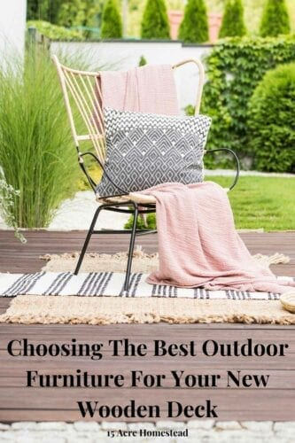 All of these suggestions and tips will help you choose the best outdoor furniture for your deck.