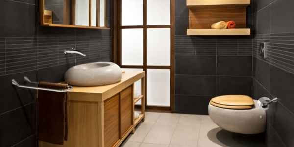 Remodeling your bathroom involves replacing or updating the toilet. Use these tips to make the best decisions.